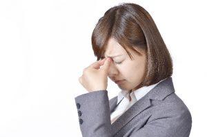 副鼻腔炎(蓄膿症)で頭痛の症状が出る原因と対処法