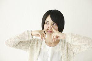 蓄膿症による臭いの原因と対処法