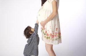 産後にばね指になりやすい理由と対処法